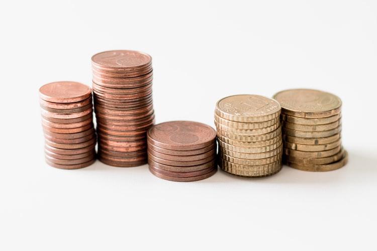 なぜ学資保険に入らず投資信託なのか