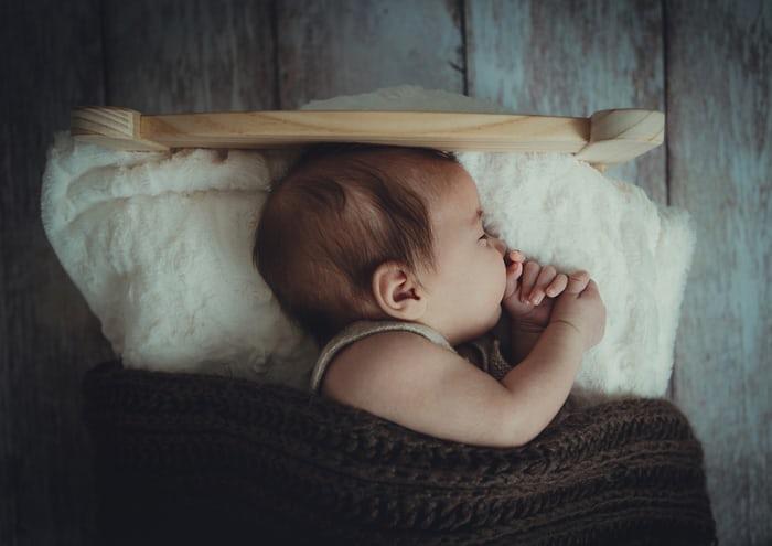 【3種の神器】母乳分泌過多はいつまで続く?辛い時期をしのぐ方法